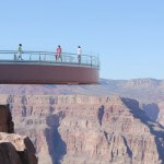 Grand Canyon West – glasbro, grusvej og Grand Canyon